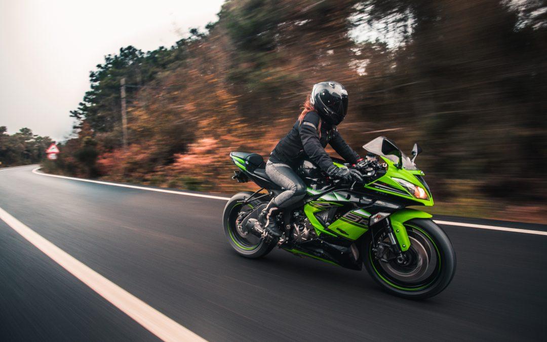 CSDD atgādina par prasībām motociklistu un mopēdu vadītāju ekipējumam eksāmenā
